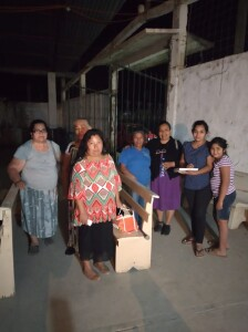 This is the congregation in Tanlacut. Cristina is standing with this group of women