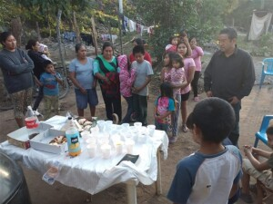 Ministering to children and adults in Tanlacut