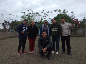 These are the five students of the Training Center, Casa del Obrero, working in the Pame mission outreach.